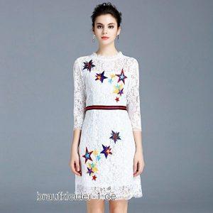 Standesamt Kleid In Weiss Mit Spitze Mit Bunte Sternen
