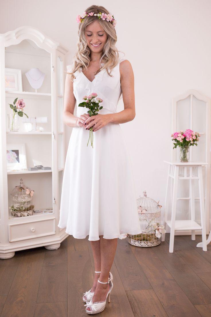 Standesamtkleider  Brautmoden  Standesamtkleider