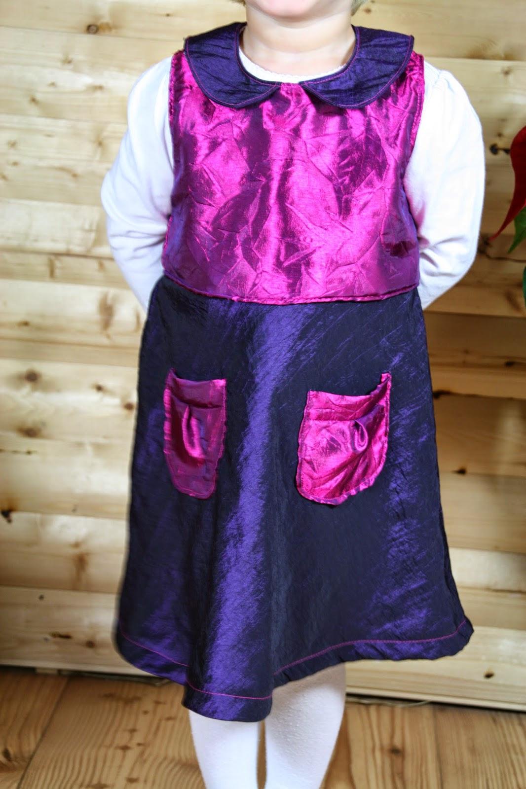 Stickuhlinchen Weihnachtskleider Für Mama Und Tochter