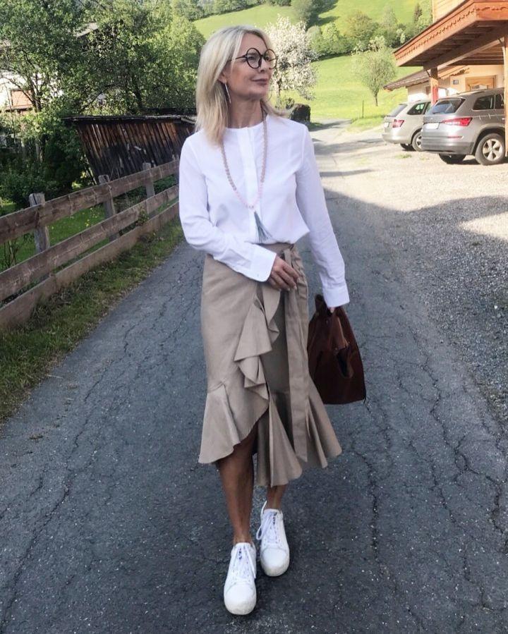 Stilexperte Für Styling Und Antiaging 45 In 2020  Weiße