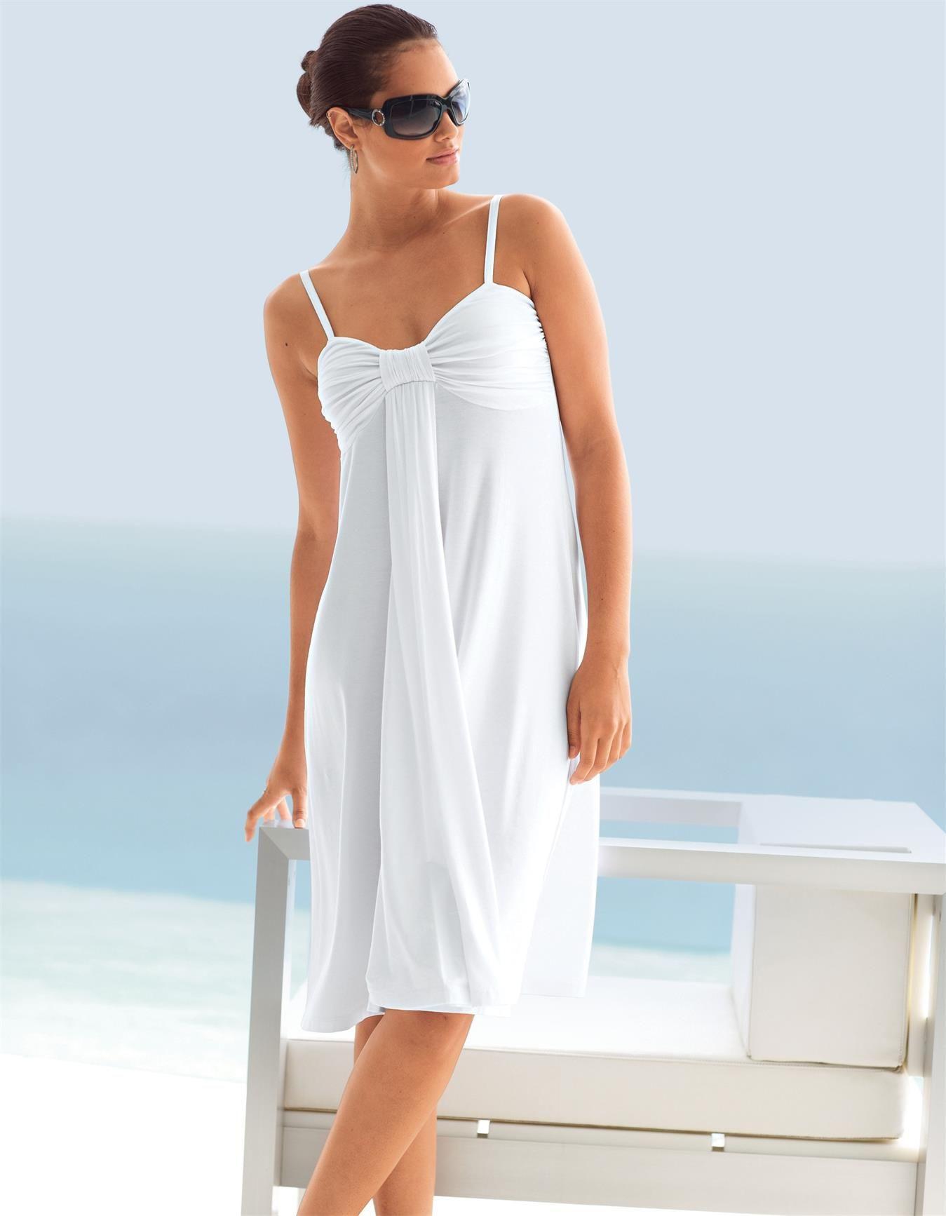 Strandkleid In Der Farbe Weiß  Im Madeleine Mode Onlineshop