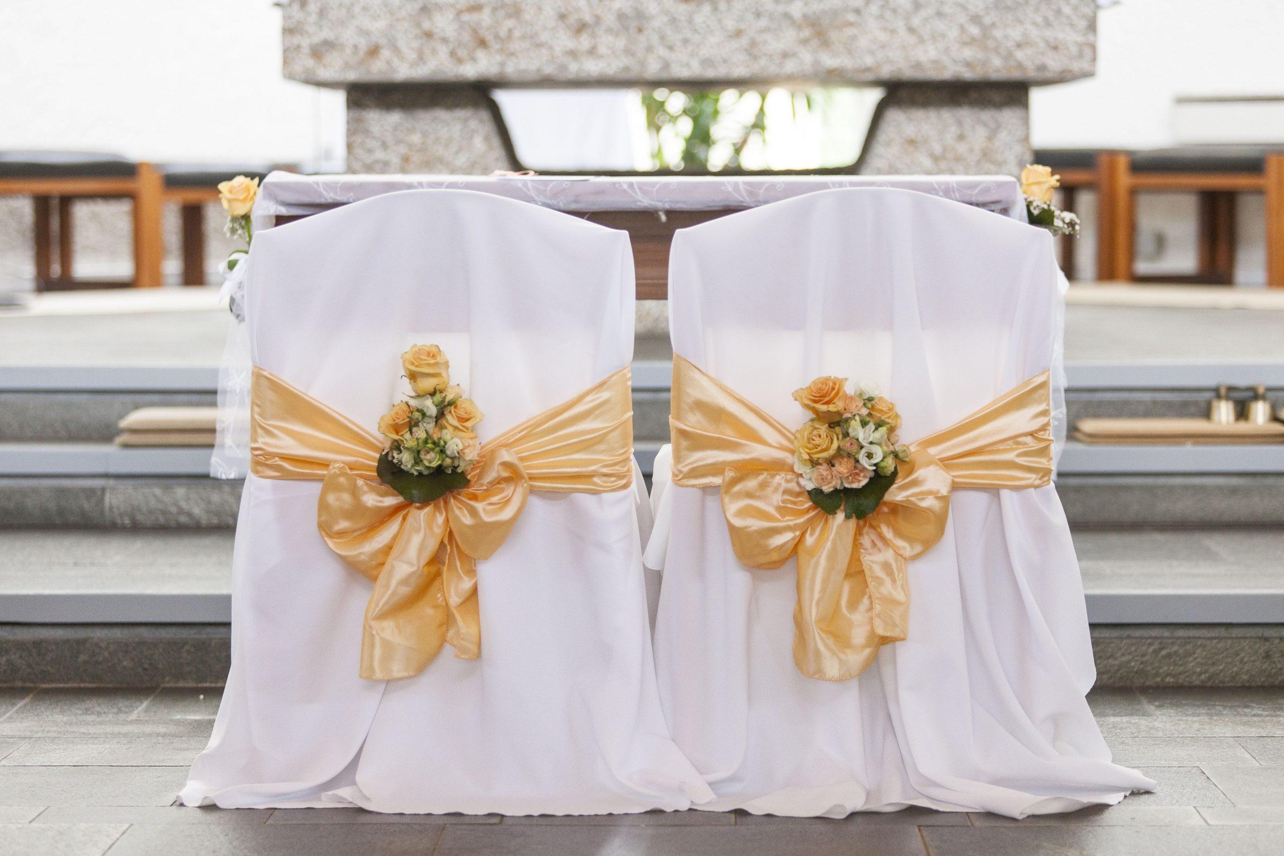 Stuhlhussen Mieten  Dekoration Hochzeit Stuhlhussen Und