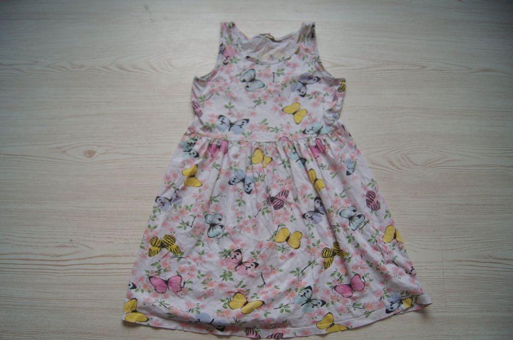 Süsses Schmetterlings Kleid Gr 122/128  Kaufen Auf Ricardo