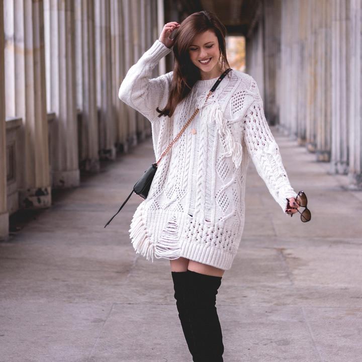 Sweater Weather  Zara Pulloverkleid Und Overknees