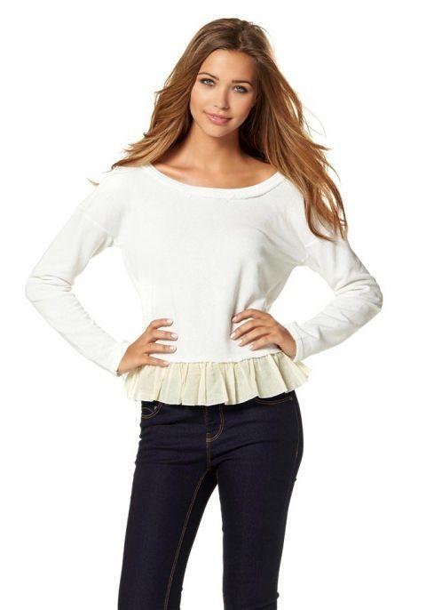 Sweatshirt Mit Volant In Creme  Modische Kleider