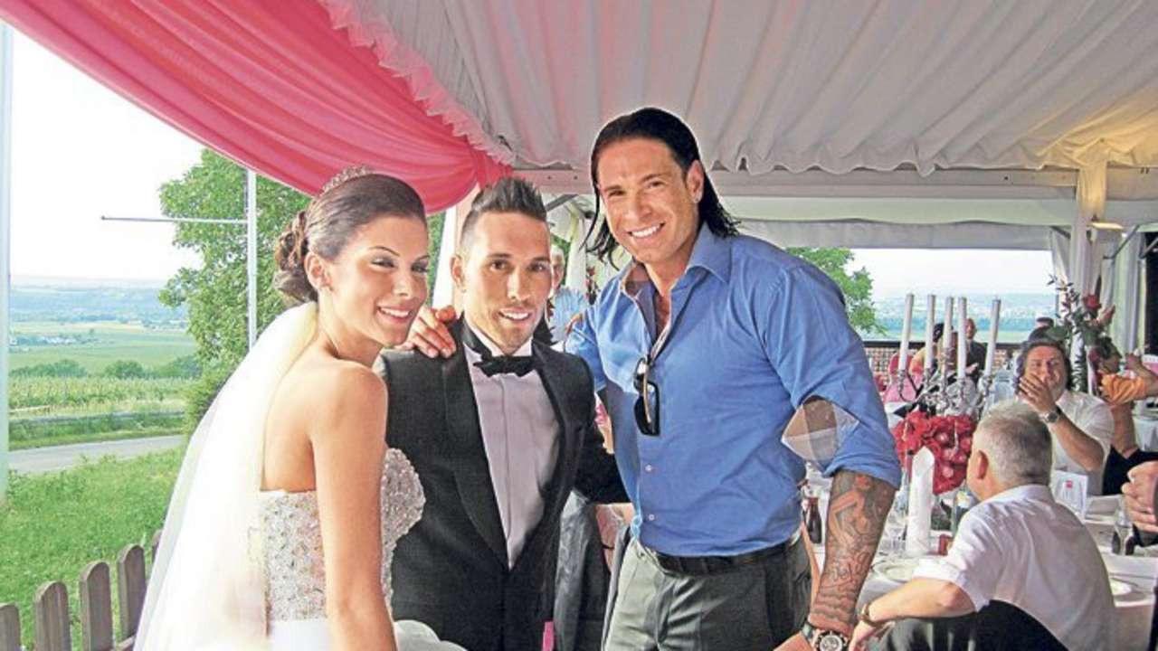 Tobias Heiratete Seine Derya Hochzeit Ganz In Weis