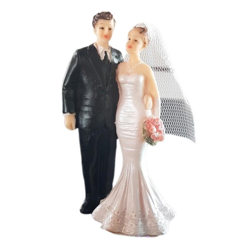 Traditionelles Hochzeitspaar Im Weißen Kleid Und Im