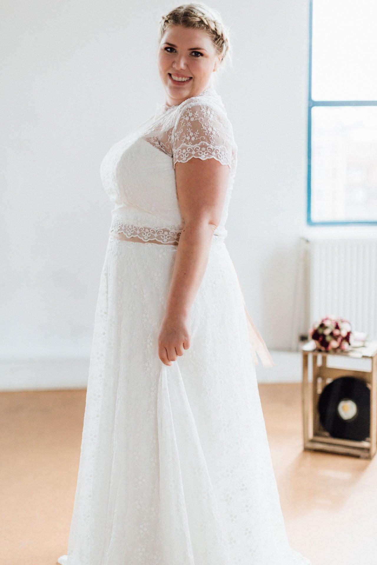 Trendige Brautkleider Große Größen  Küssdiebraut In 4850