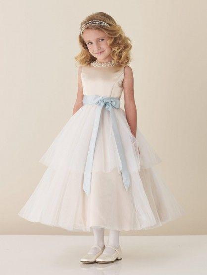 Triumph  Brautkleider Für Kinder Hochzeit Blumen Mädchen