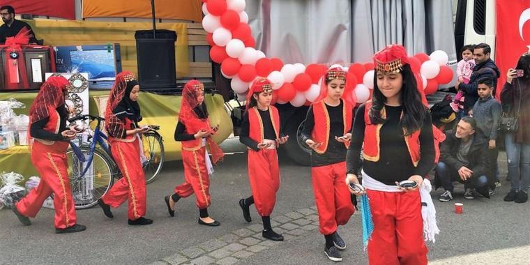 Türkisch Islamische Gemeinde Feiert Ein Fest Für Den