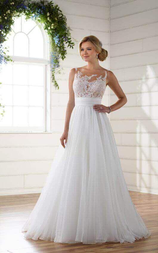 Unique Asymmetrical Neckline Wedding Dress  Kleider Hochzeit