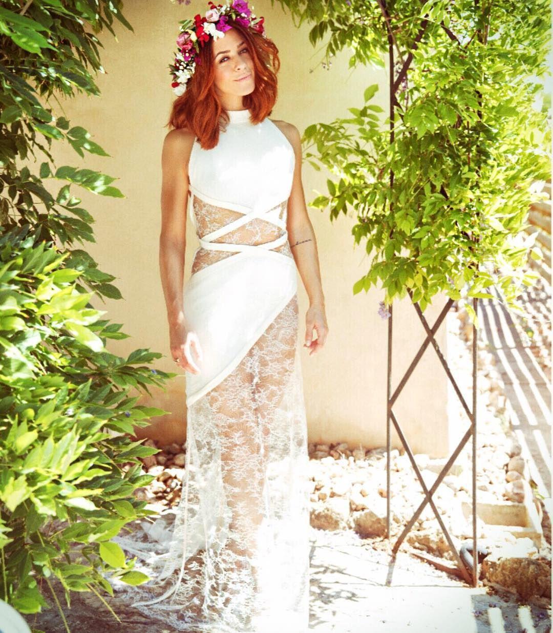 Vanessa Mai In Ihrem Brautkleid Mit Viel Spitze Und