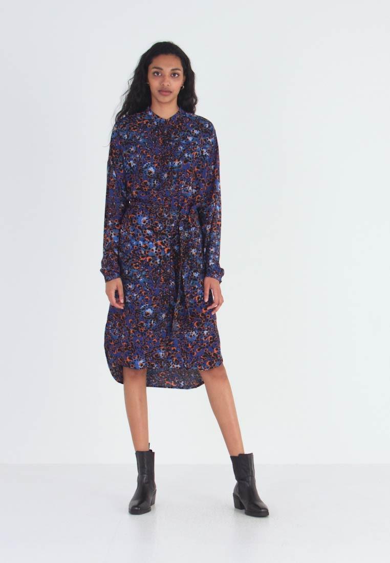 Vero Moda Tall Vmlaia Shirt Dress  Blusenkleid  Mazarine