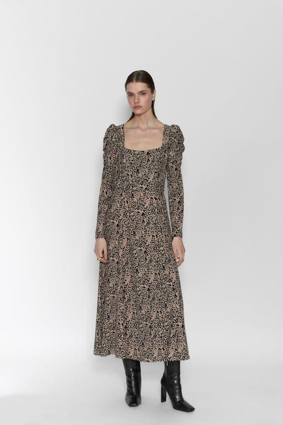 Vestido Estampado Animal  Zara España In 2020  Kleider