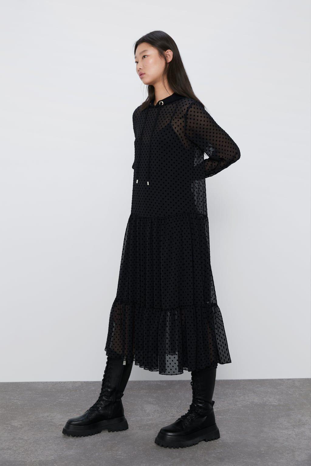 Vestido Plumeti Capucha  Zara México In 2020  Netzkleid