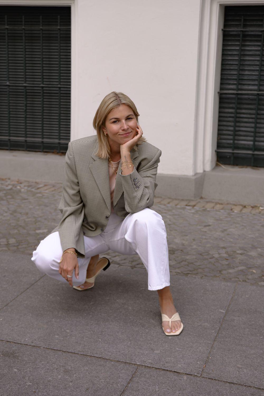 Vintage Blazer Arket Shirt  Jeans Dear France Flats