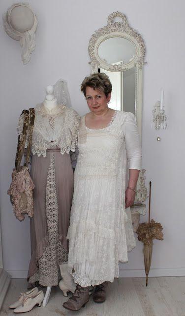 Vintage Girl | Romantische Kleidung, Klassische Mädchen