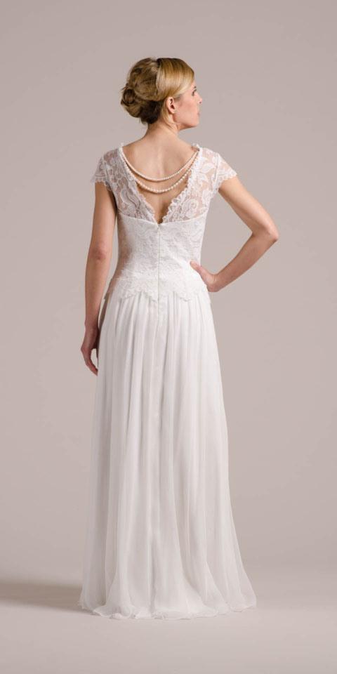 Vintage Hochzeitskleid Mit Flügelarm Spitzencorsage  Mehr