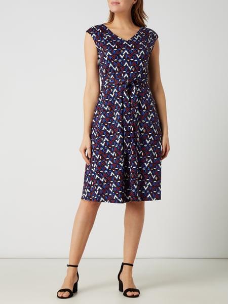 Weekend Max Mara Kleid Mit Grafischem Muster Modell