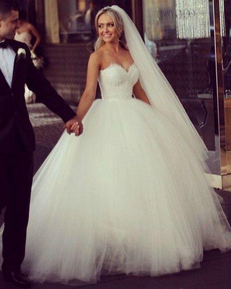 Weiß Tüll Und Spitze Prinzessin Hochzeitskleid Ballkleid