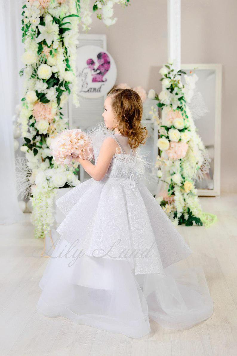 Weiße Hochzeit Blumenmädchen Kleid Mit Zug Prinzessin
