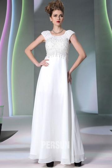 Weißes Langes Kleid Mit Strick Verziert Xh30952 € 4760