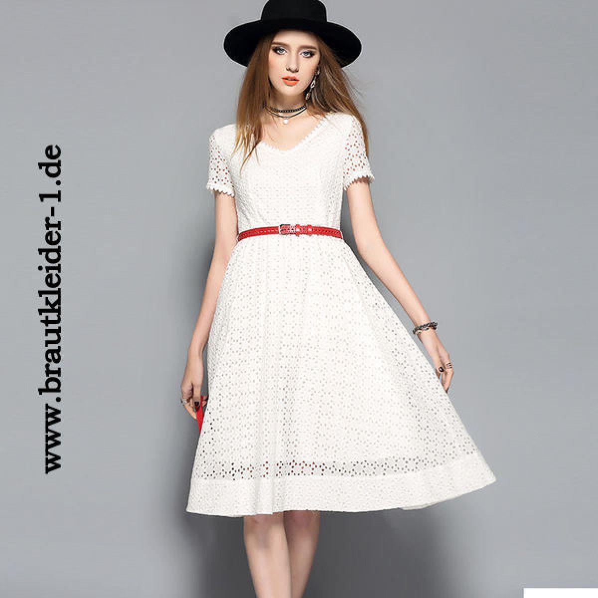 Weißes Midi Kleid Fuer Den Standesamt Mit Guertel Braut