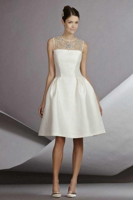 Weißes Sommerkleid Knielang