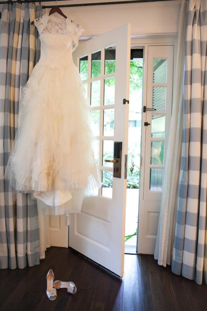 Wie Man Ein Brautkleid Reinigen  Persunkleid