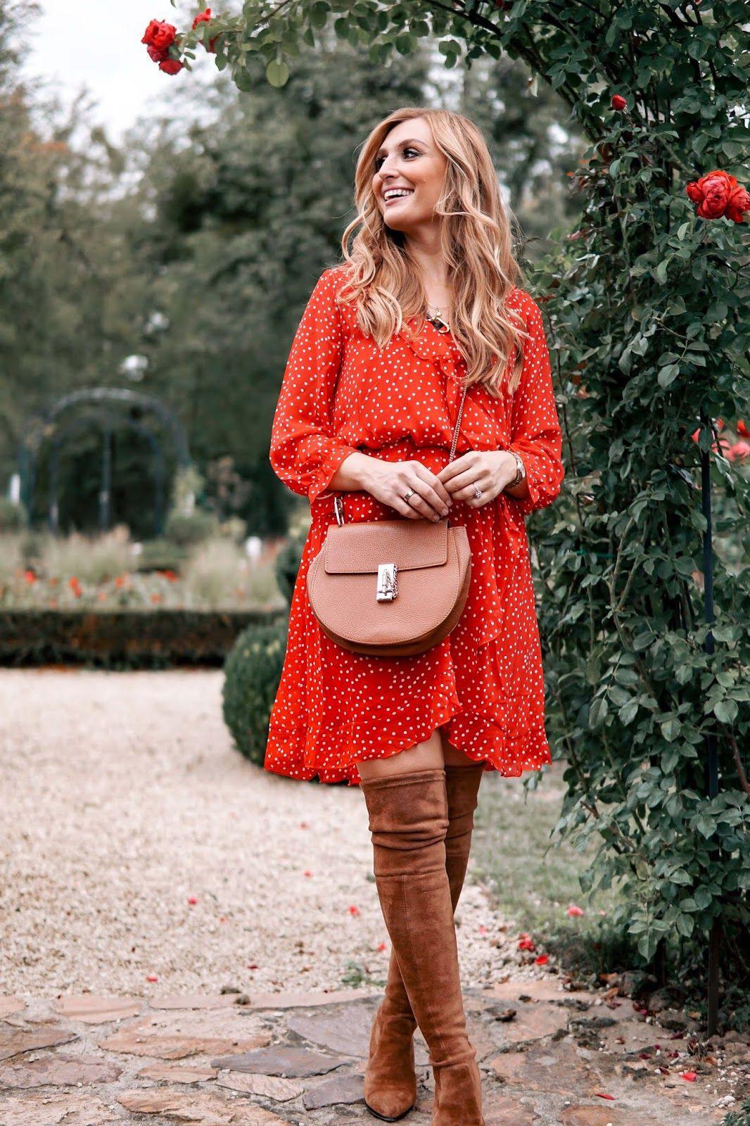 Wie Trägt Man Ein Rotes Kleid Im Herbst Mit Bildern