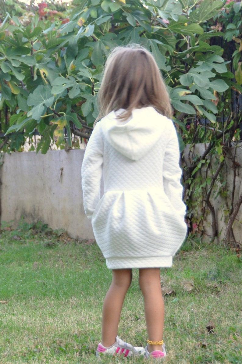 Winter Aus Weißen Hoodie Pullover Kleid Für Kleinkind