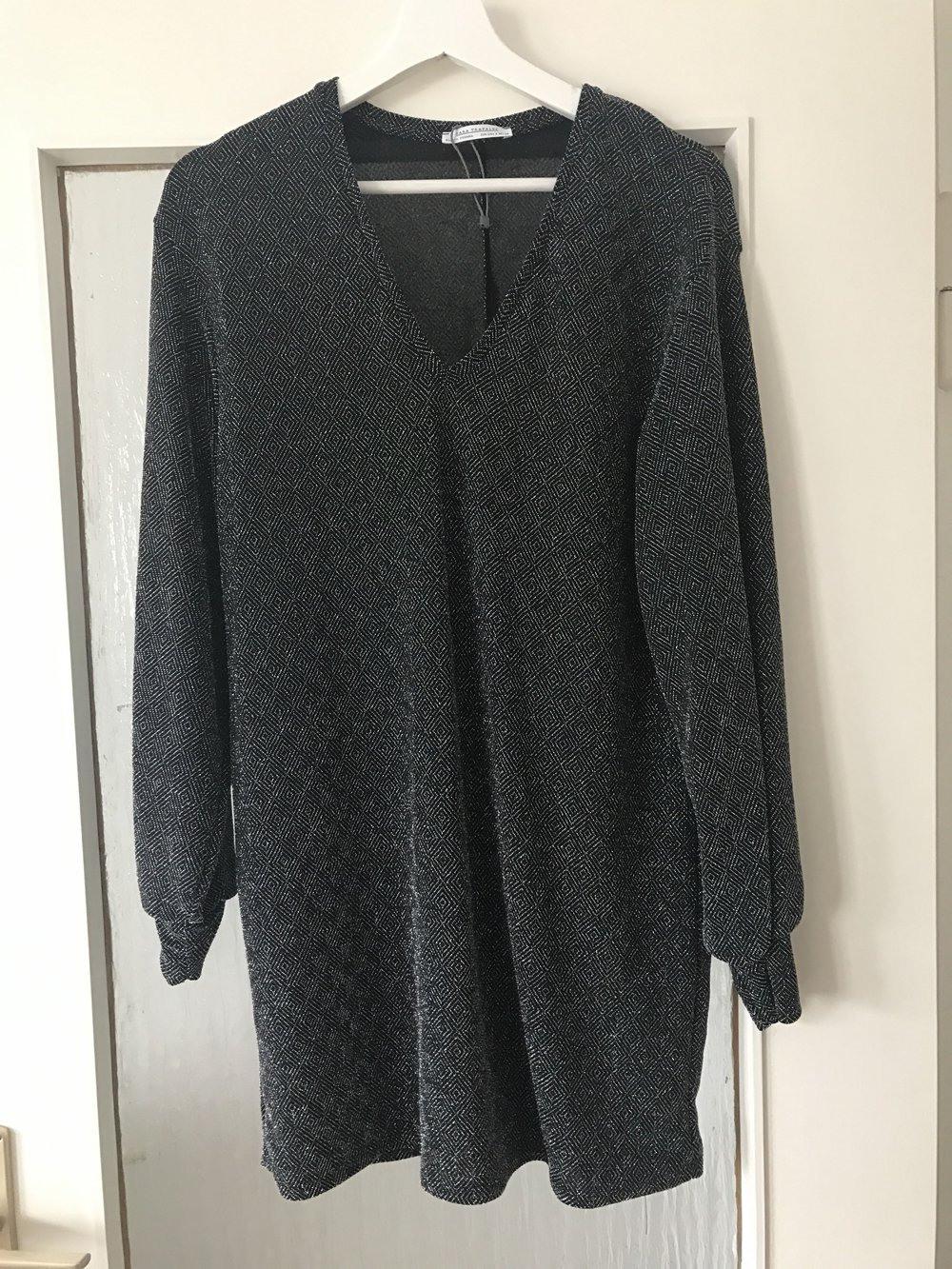 Zara Kleid In Black  Kleiderkorbde