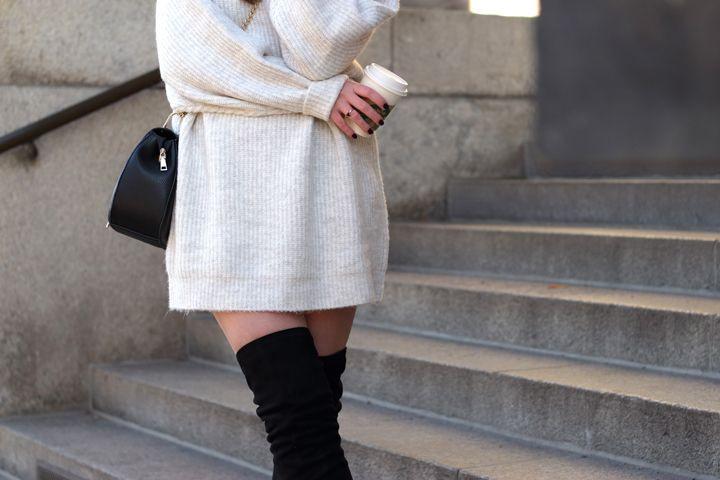 Zara Strickkleid  Tuch Winterkleid Modestil