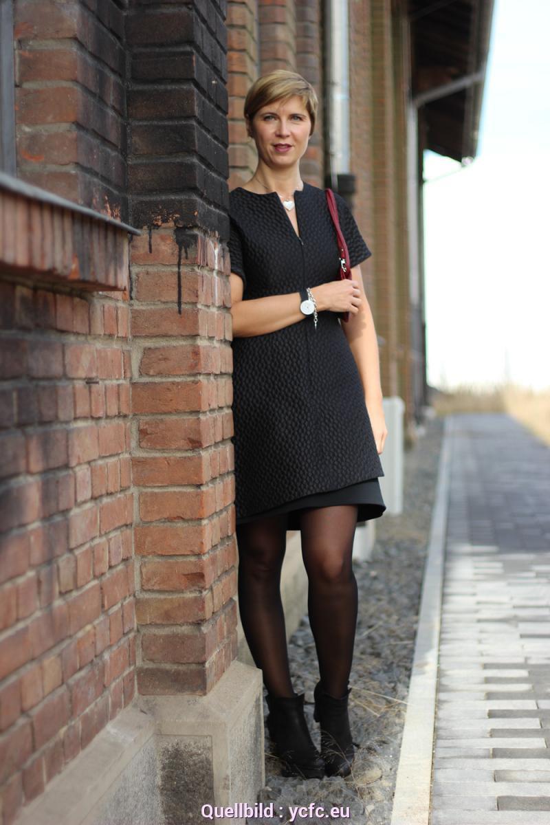 Zierlich Schwarzes Langes Kleid Welche Strumpfhose