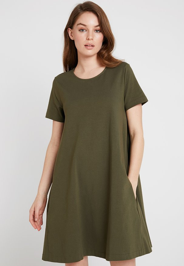 Benetton Kleider Online Kaufen  Entdecke Dein Neues Kleid