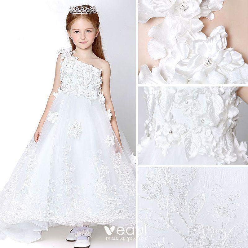Hochzeit Kleid Weiss  Hochzeits Idee