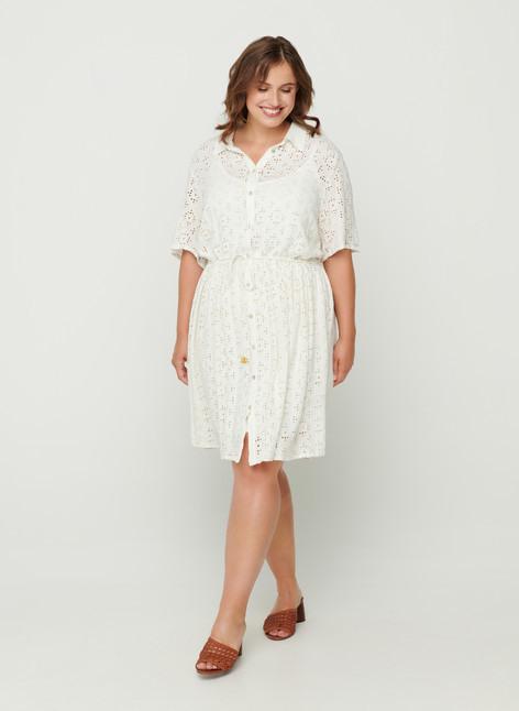 Kurzarm Kleid Mit Lochstickerei  Weiß  Str 4258  Zizzide