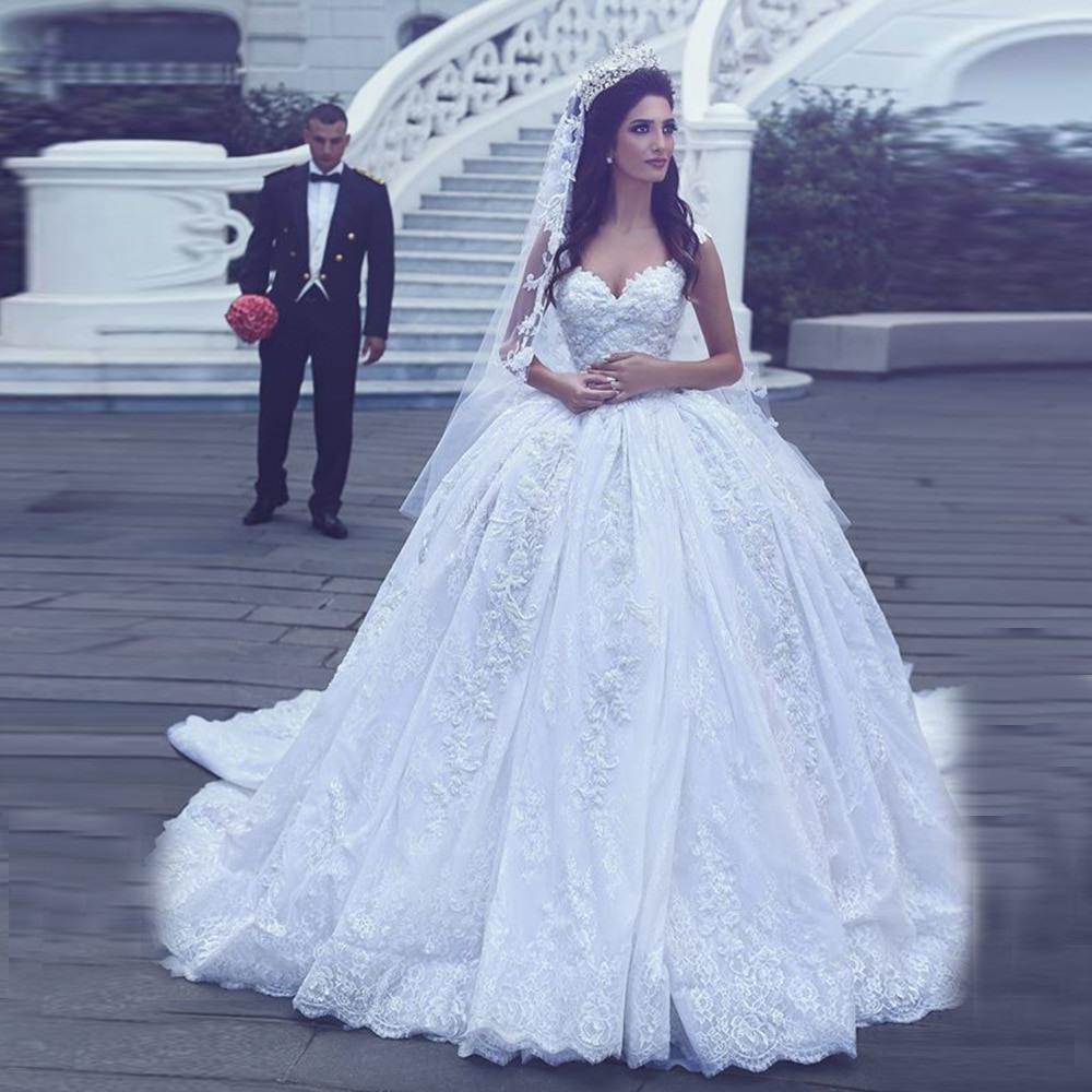Luxus Prinzessin Kleid Mit Spitze Appliques V Ausschnitt