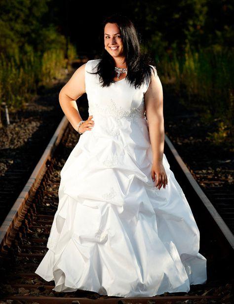 Rubensengel Brautkleider Große Größen  Wedding Dresses