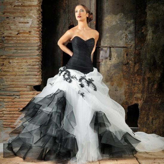 Schwarzes Brautkleid Für Die Moderne Braut