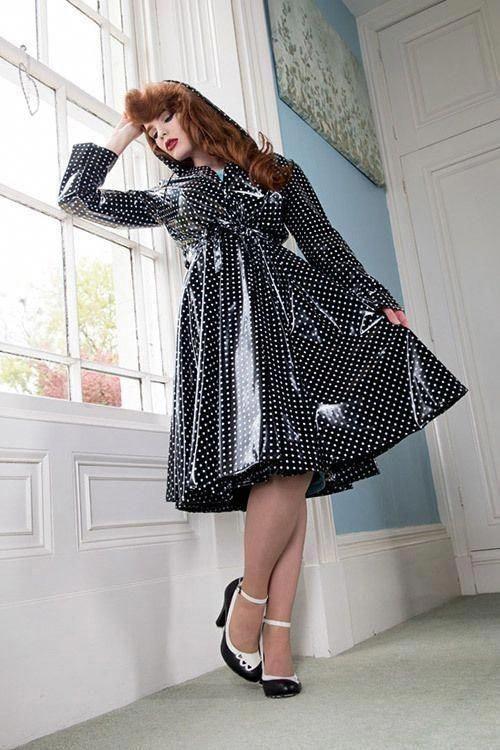 Womensclassicyellowraincoat Mit Bildern  Regenmantel